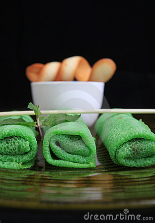 Asian green spring roll
