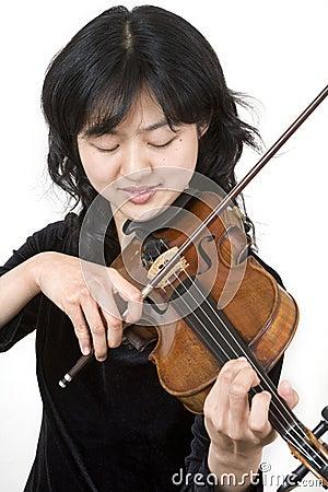Asian violinist 3