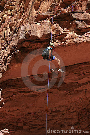 Free Asian Woman Rappels Stock Photo - 5000250