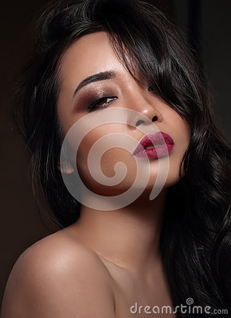 Free Asian Woman S Portrait. Royalty Free Stock Images - 77958599