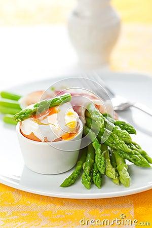 Asparagus ,egg and  ham