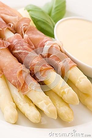 Asparagus with Gammon