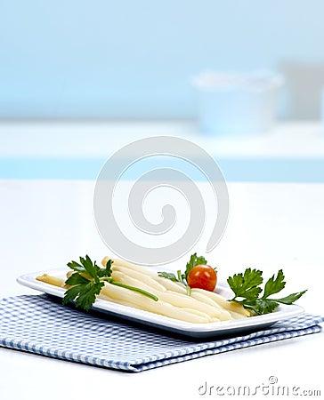 Asparagus in a white plate