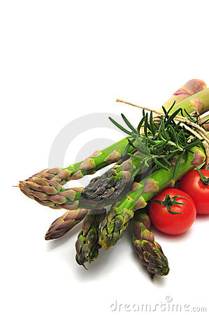Free Asparagus With Tomatos Royalty Free Stock Image - 7114816