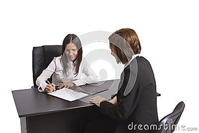 Assinando o contrato