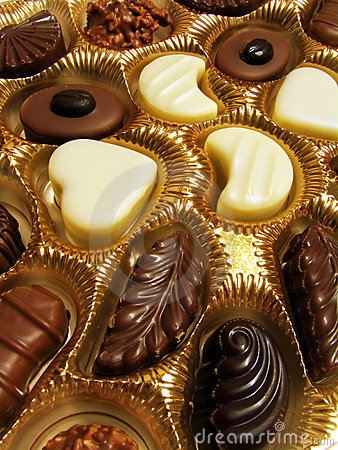Free Assorted Chocolates Royalty Free Stock Photography - 2060977