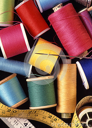 Free Assorted Reels Of Cottons Threads And Sewing Sundries Royalty Free Stock Photo - 35490175