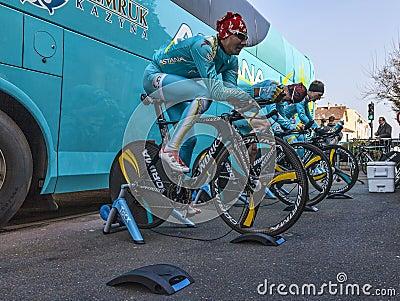 Astana Pro Cirkelend Team Redactionele Stock Afbeelding