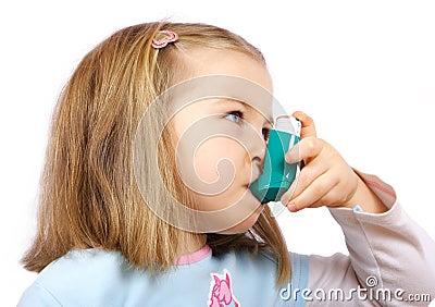 Astmatic girl