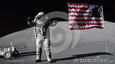 Astronaut som hoppar på månen och saluterar amerikanska flaggan Några beståndsdelar av denna video som möbleras av NASA