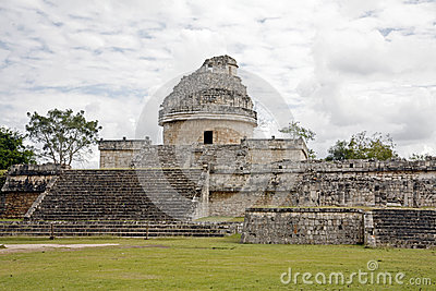 Astronomical observatory in Mayan ruins