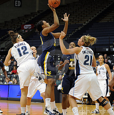 Asya Bussie - WVU Ladies Basketball Editorial Stock Image