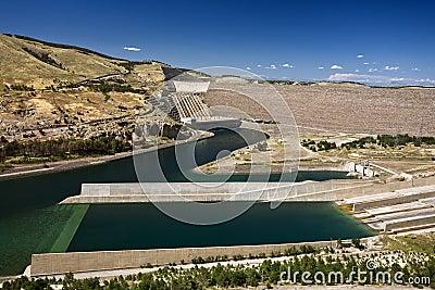 Atat�rk Dam