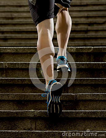 Free Athlete Man With Strong Leg Muscles Training And Running Urban City Staircase In Sport Fitness And Healthy Lifestyle Concept Royalty Free Stock Photography - 53583817