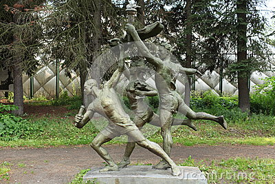 Athletes sculpture