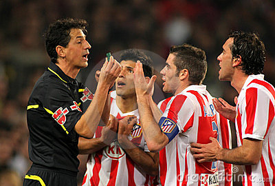Atletico Madrid players discuss Editorial Stock Photo