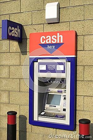Free ATM Cash Dispenser Royalty Free Stock Photo - 5170815