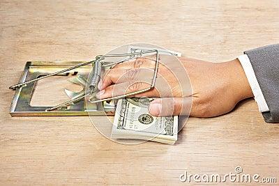 atrapado el dinero habla