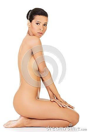 Naked Woman Sitting On Knees - Hot Girls Wallpaper
