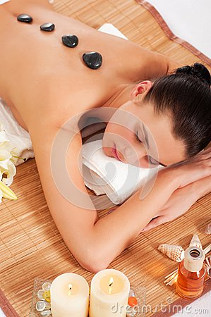 Free Attractive Woman Getting Spa Treatment Royalty Free Stock Photos - 32445428