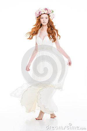 Free Attractive Woman In White Dress And  Beautiful Wreath Of Roses Royalty Free Stock Photos - 64980678