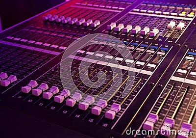 Audio miscelatore
