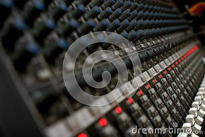Audio Mixer 2