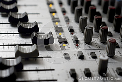 Audio sound mixer