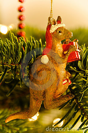 Free Australian Kangaroo Christmas Tree Royalty Free Stock Photo - 13093715