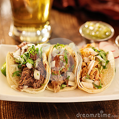 Free Authentic Mexican Tacos Stock Photo - 33374270