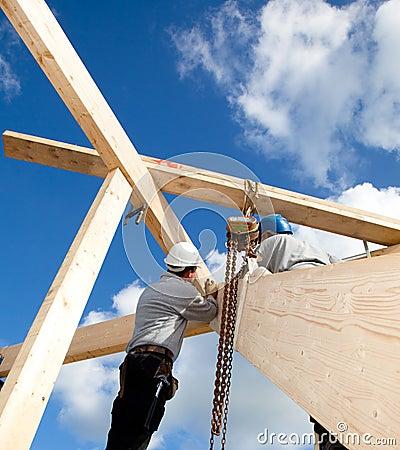 Authentische Bauarbeiter
