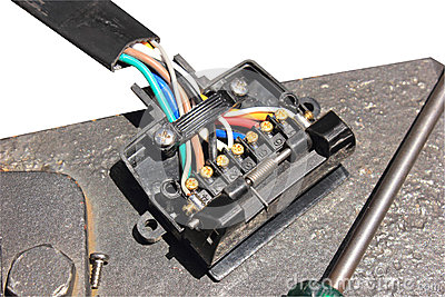 Auto brake light circuit
