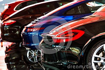 Auto für Verkauf Redaktionelles Bild