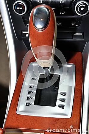 Auto gearshift of sedan
