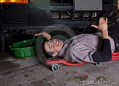Auto Mechanic Oil Change