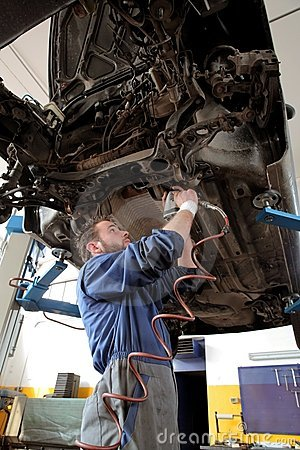 Free Auto Service Royalty Free Stock Photos - 8668238