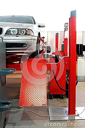 Auto service garage