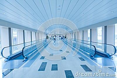 Automatic pedestrian elevator bridge