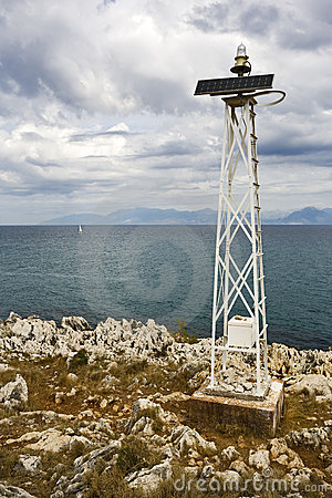Automatic solar powered ship signal tower