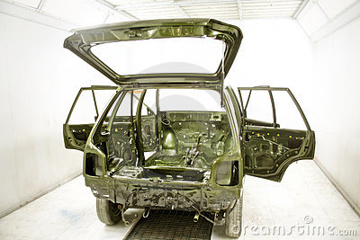 Automobile custom design and paint workshop India