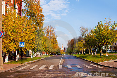 Autumn in the city, road transition