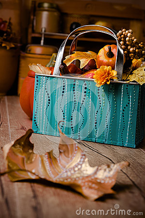 Free Autumn Decorations On Vintage Kitchen In Turquoise And Orange Royalty Free Stock Photography - 54384877