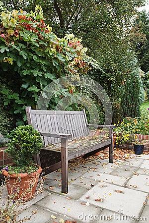 Free Autumn Garden Royalty Free Stock Photos - 25522968