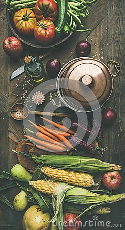 Free Autumn Healthy Ingredients For Thanksgiving Day Dinner Preparation, Flat-lay Stock Image - 102069971