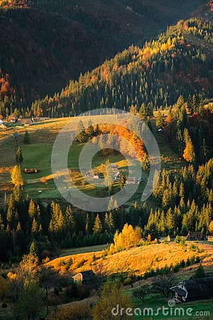 Free Autumn Landscape Of Forest Hills And Mountains On Sunset. Clear Royalty Free Stock Photo - 127597475