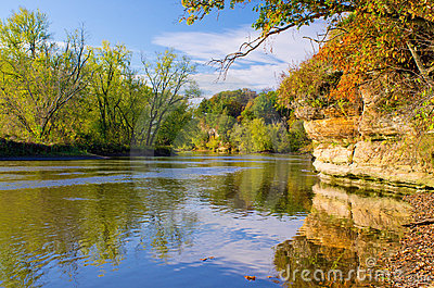 Autumn, rock river