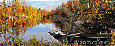 Autumn s Swedish lake
