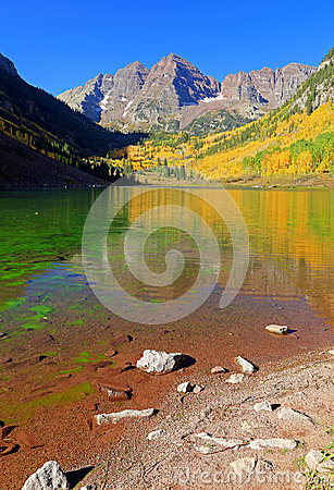 Free Autumn Splendor At Maroon Lake In The Rocky Mountains. Royalty Free Stock Photography - 45023457