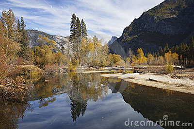 Autumn splendor in Yosemite