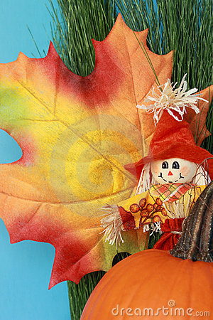 Free Autumn Still Life With Leaf, Scarecrow, Pumpkin Stock Photography - 21699512